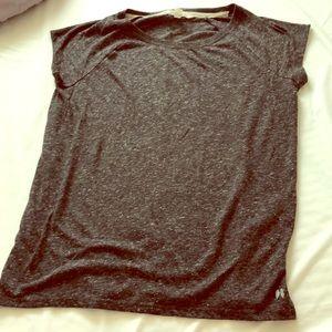 VS Short Sleeve Gray Top